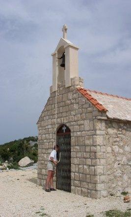 Kaple na vrcholu Štandarac