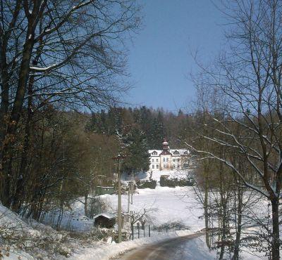 2010-zimní motiv-pod šikmou